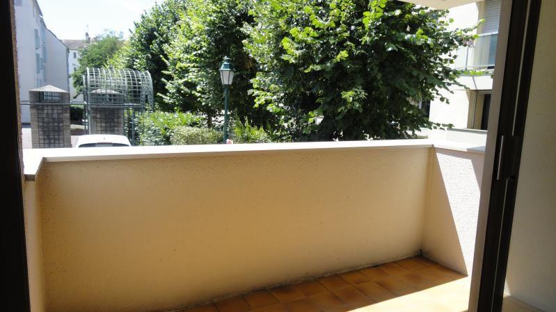 Rental apartment Rueil malmaison 782€ CC - Picture 2