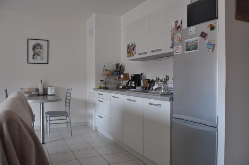 Sale apartment Oyonnax 169000€ - Picture 2