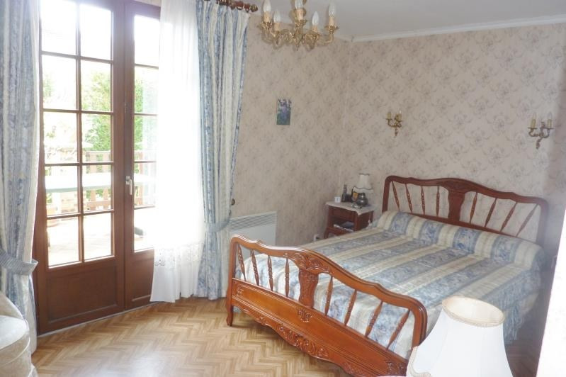 Sale house / villa Crepy en valois 268000€ - Picture 4