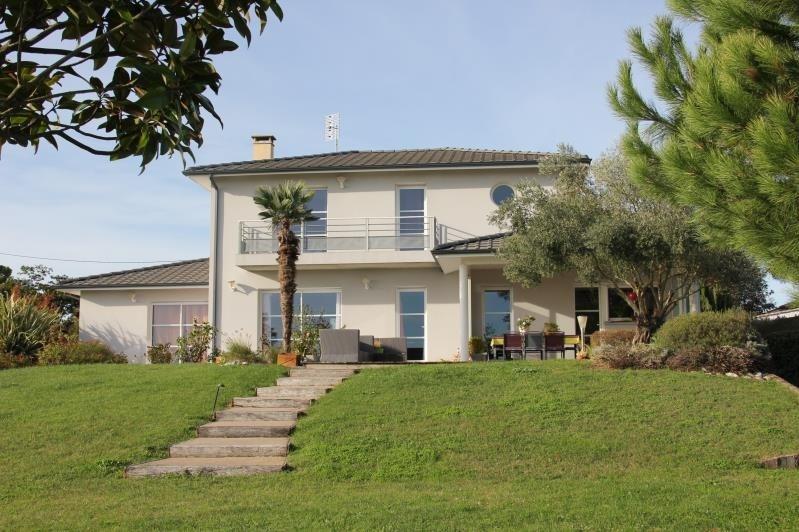 Deluxe sale house / villa St andre de cubzac 640000€ - Picture 1
