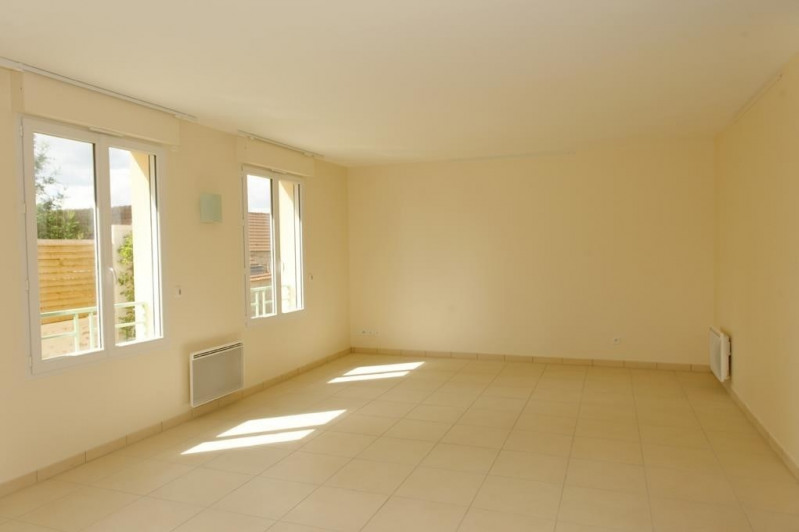Sale apartment Chartrettes 204000€ - Picture 2