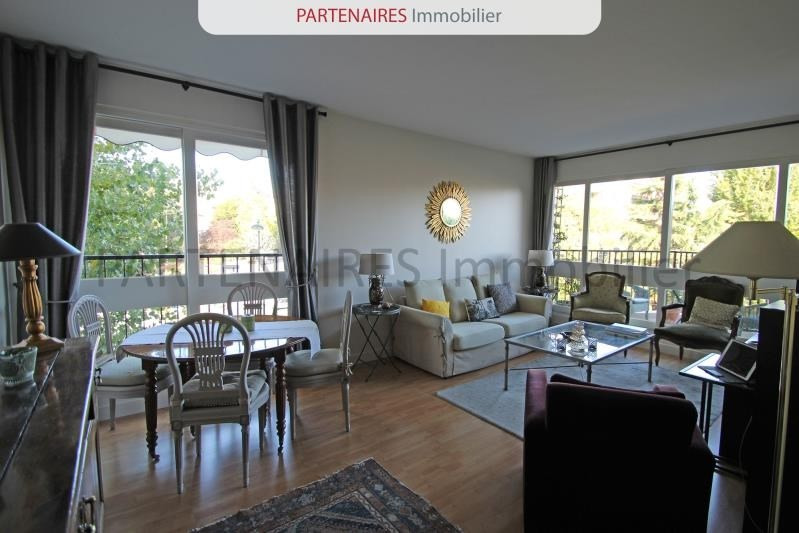 Sale apartment Le chesnay 245000€ - Picture 1