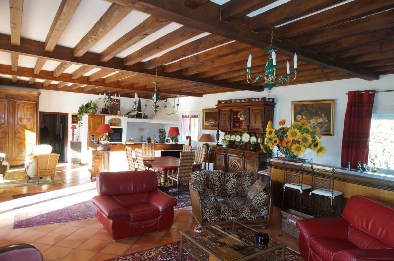 Revenda casa Estrablin 399000€ - Fotografia 4