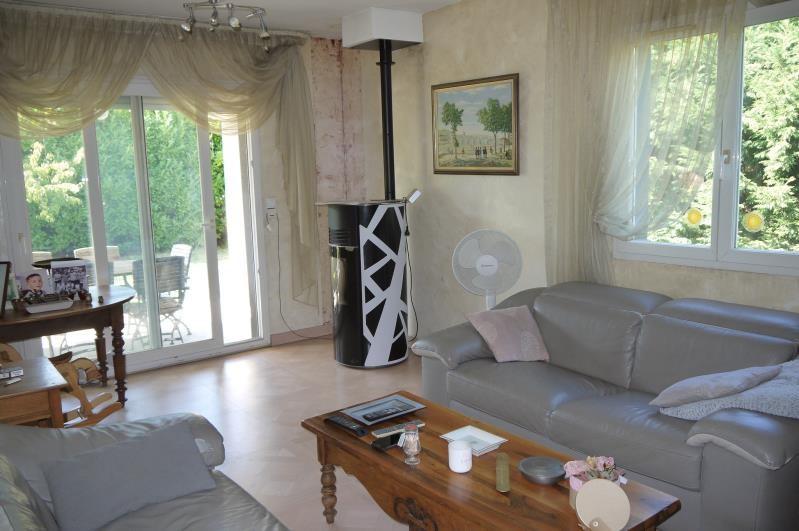 Sale house / villa Auberives sur vareze 273000€ - Picture 6