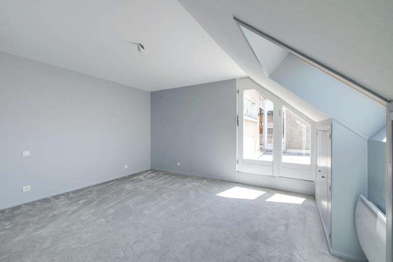 Verkoop  appartement Voiron 330000€ - Foto 9