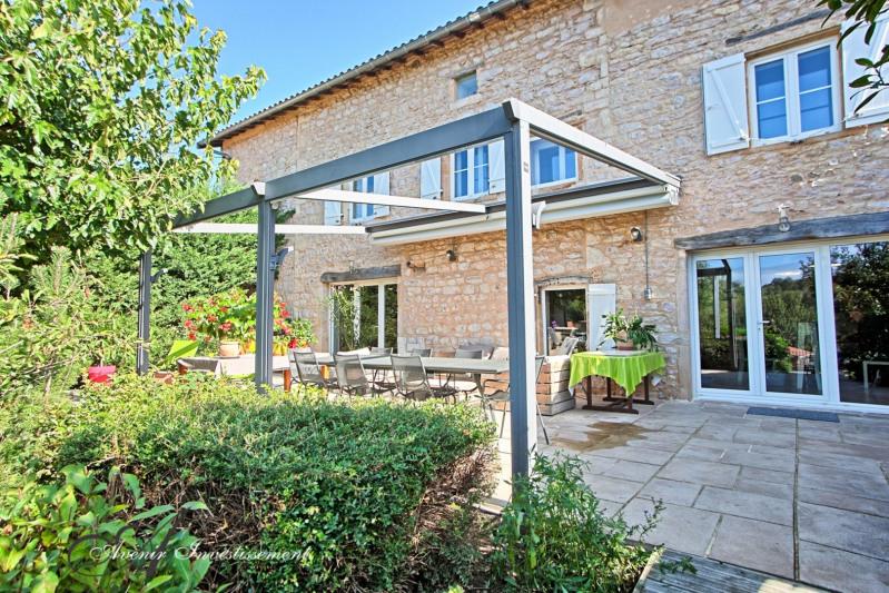 Deluxe sale house / villa Liergues 787500€ - Picture 2