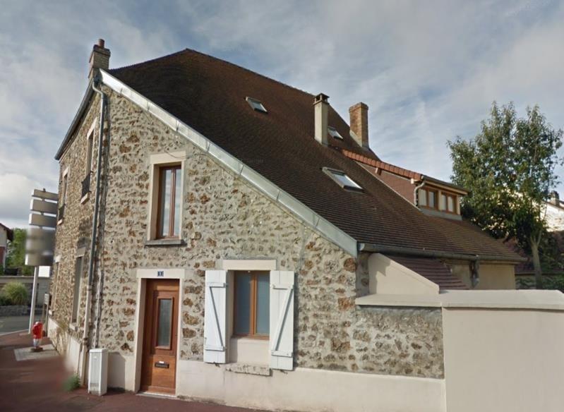 Location appartement Voisins le bretonneux 890€ CC - Photo 1