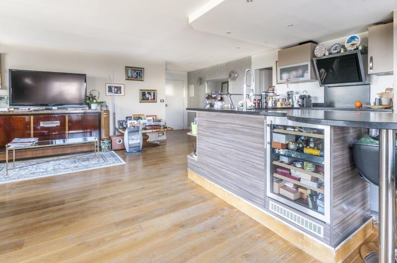 Vente de prestige appartement Suresnes 1029000€ - Photo 2