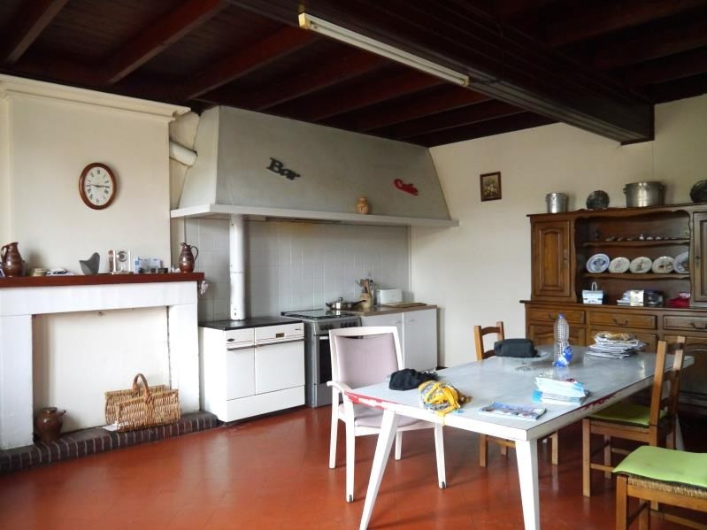 Sale house / villa Gemozac 231000€ - Picture 2