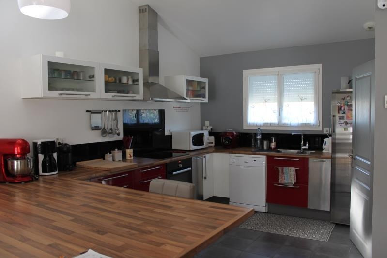 Revenda casa Langon 254400€ - Fotografia 3