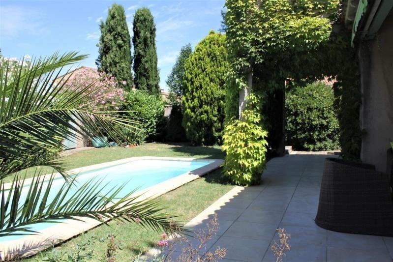 Sale house / villa Les angles 530000€ - Picture 3