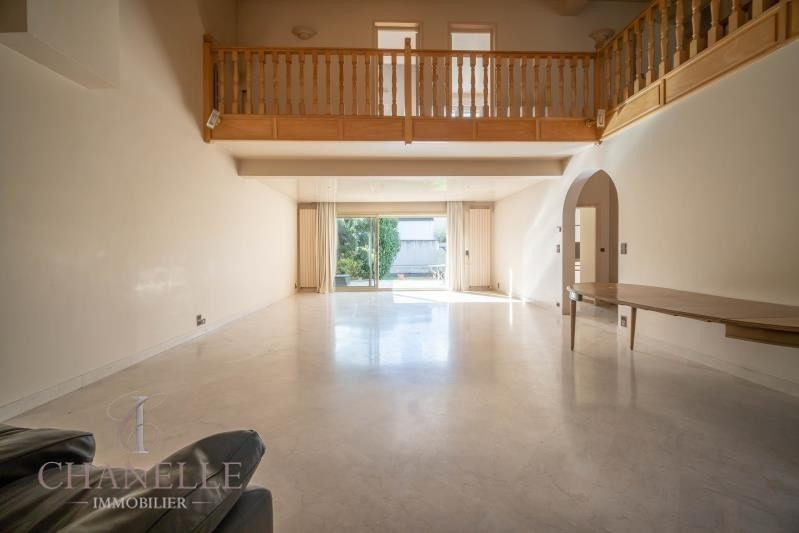 Deluxe sale house / villa Romainville 1 095 000€ - Picture 2