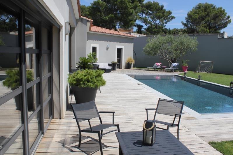 Deluxe sale house / villa Villeneuve les avignon 855000€ - Picture 2