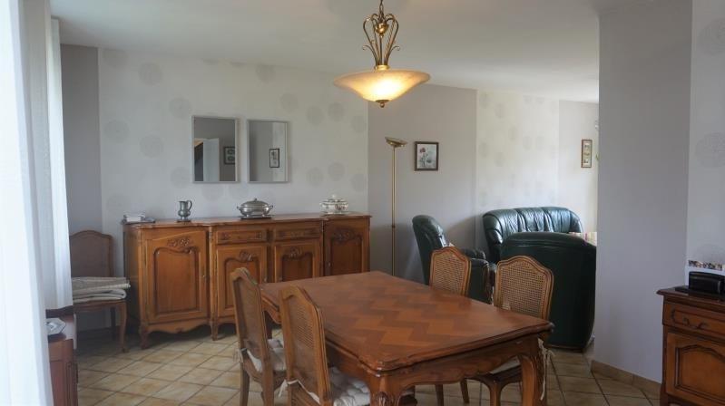 Sale house / villa Breval 235000€ - Picture 2