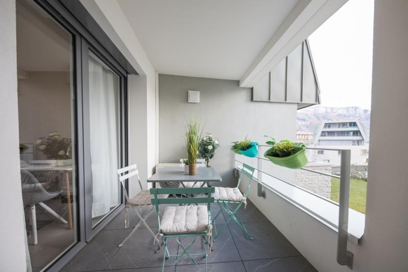 Sale apartment Annecy 442000€ - Picture 2