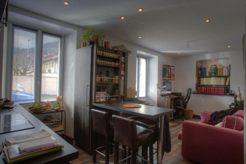 Location appartement Sallanches 560€ CC - Photo 2