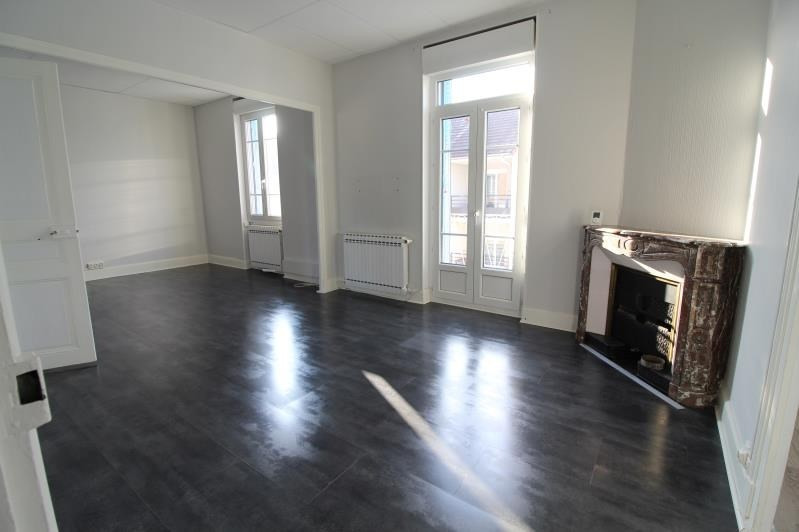 Sale apartment Voiron 138 000€ - Picture 1