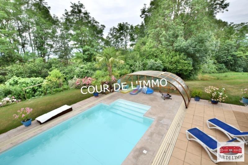 Deluxe sale house / villa Cranves sales 990000€ - Picture 3