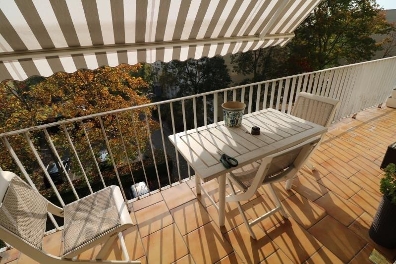 Sale apartment Versailles 565000€ - Picture 3