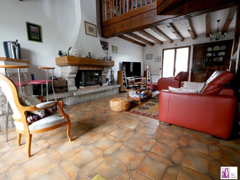 Sale house / villa L hay les roses 690000€ - Picture 2