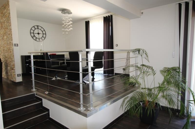 Sale house / villa La queue en brie 720000€ - Picture 7