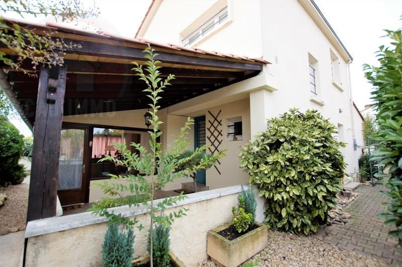 Sale house / villa Bergerac 158 000€ - Picture 1