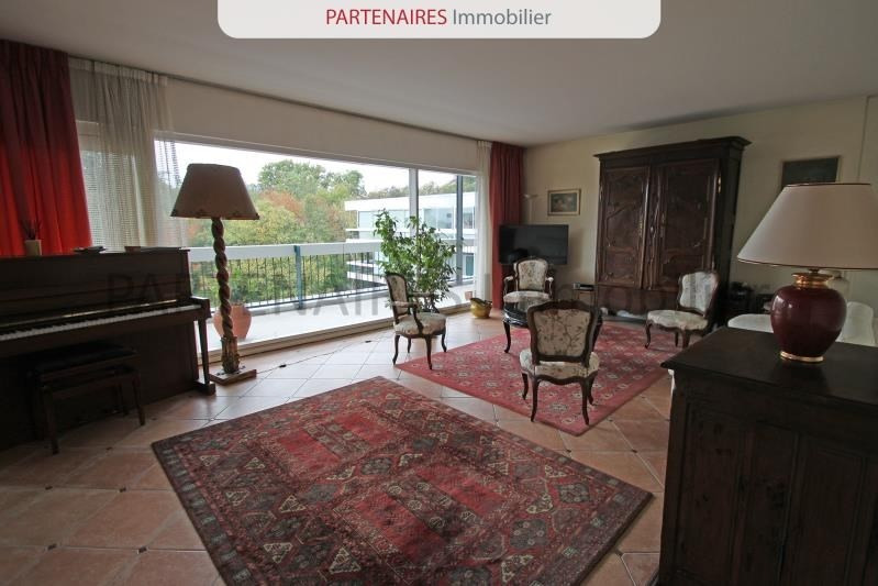 Sale apartment Rocquencourt 643 750€ - Picture 2