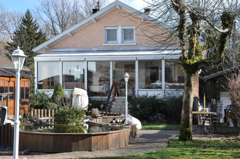 Sale house / villa Oyonnax 264000€ - Picture 1