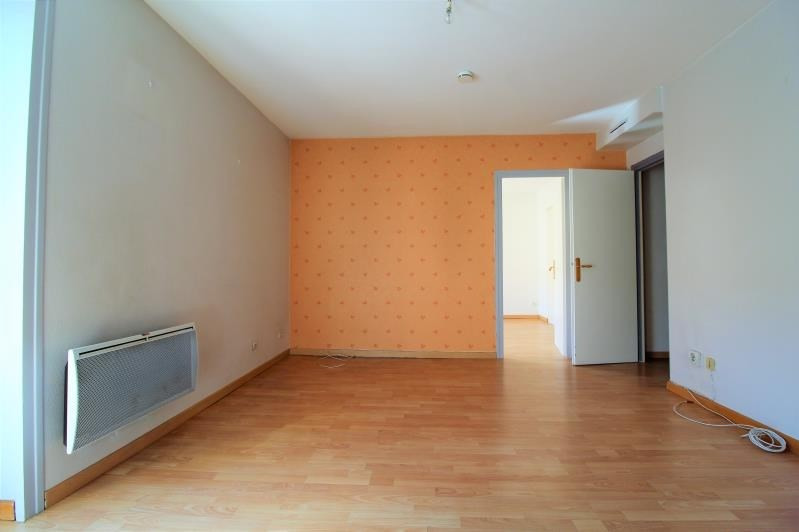 Rental apartment Voiron 391€ CC - Picture 1