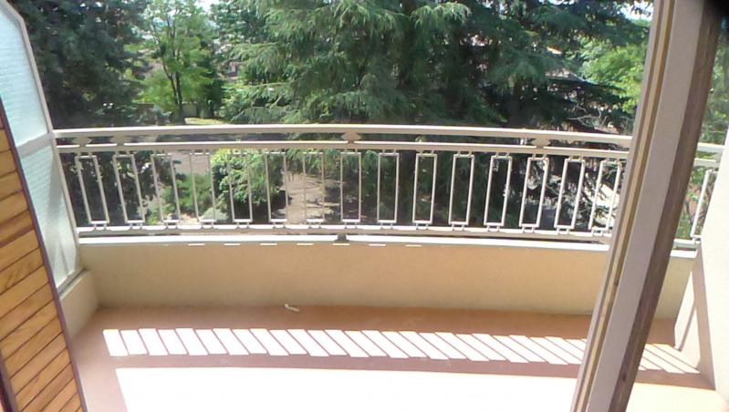 Rental apartment Pierre benite 606€ CC - Picture 5