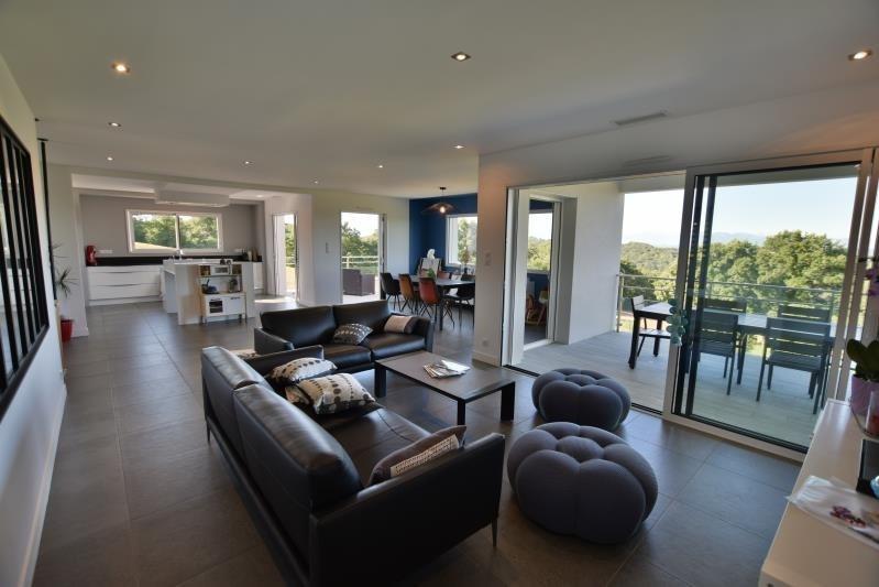 Deluxe sale house / villa Saint-castin 707000€ - Picture 3