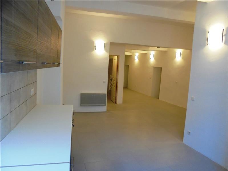 Alquiler  apartamento Peyrolles en provence 850€ CC - Fotografía 2