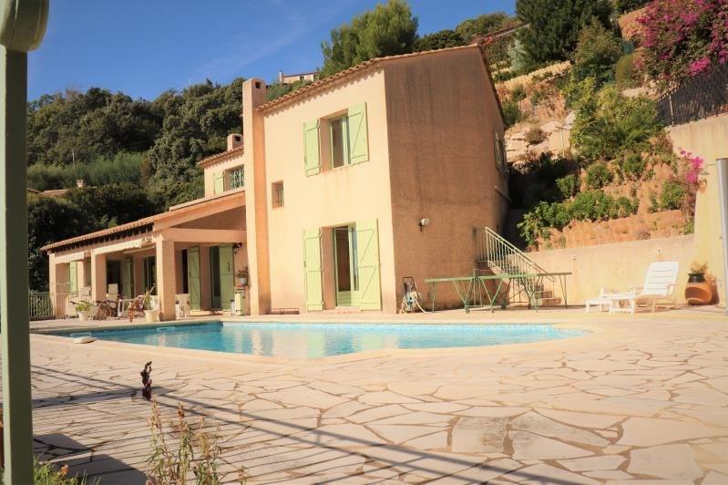 Deluxe sale house / villa Cavalaire sur mer 998000€ - Picture 3