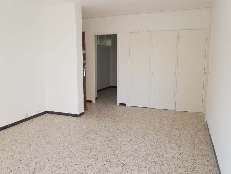 Location appartement Aix en provence 838€ CC - Photo 3
