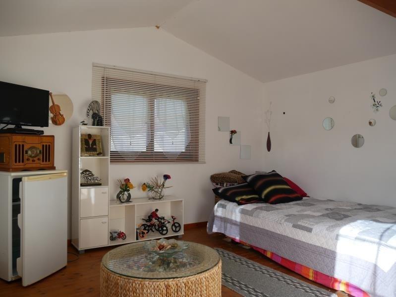 Sale house / villa Le thou 332000€ - Picture 4