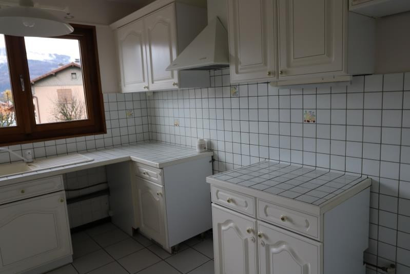 Rental apartment Marignier 890€ CC - Picture 2