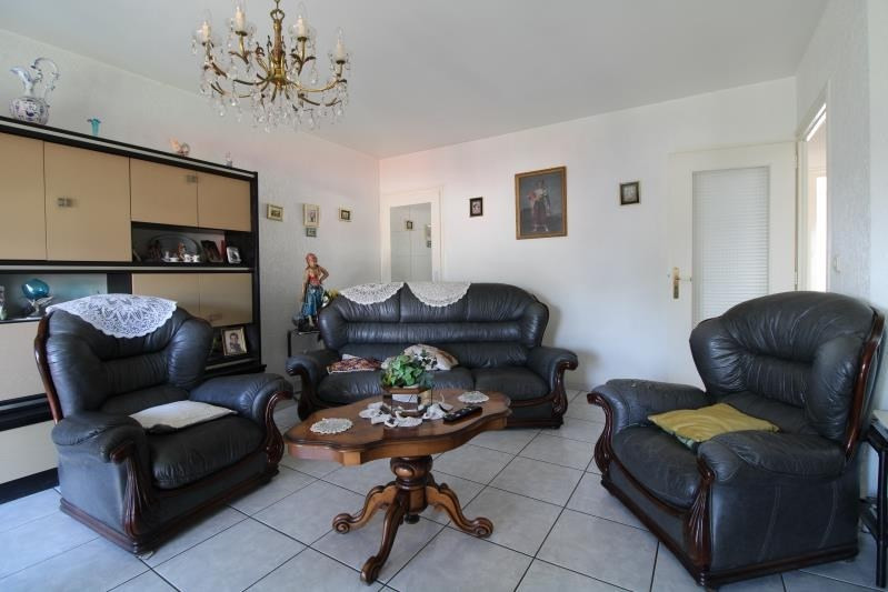 Sale apartment Annecy 296 800€ - Picture 2