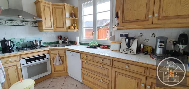 Sale house / villa Thourotte 240000€ - Picture 4