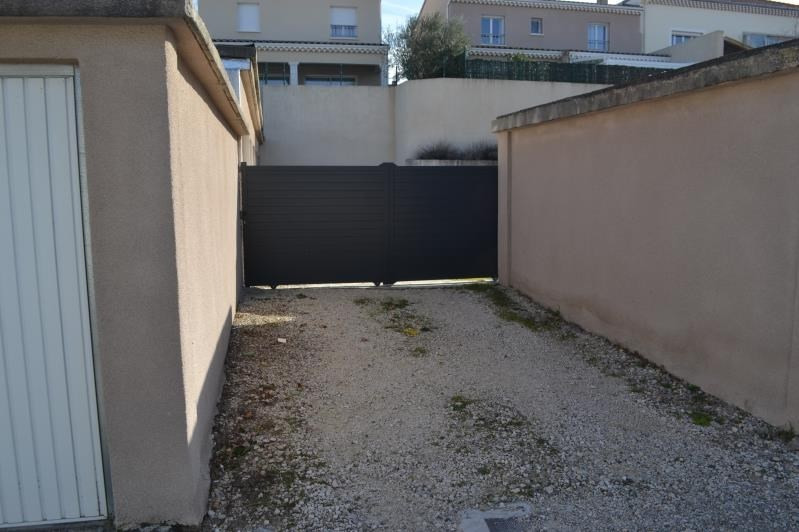 Rental parking spaces Montelimar 100€ CC - Picture 2
