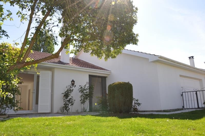 Sale house / villa St nom la breteche 695000€ - Picture 2