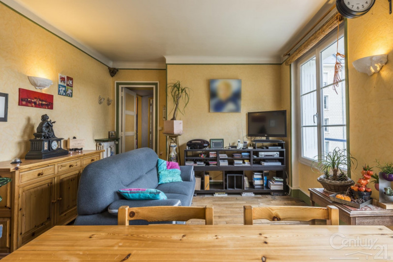 Sale apartment Caen 165 000€ - Picture 2