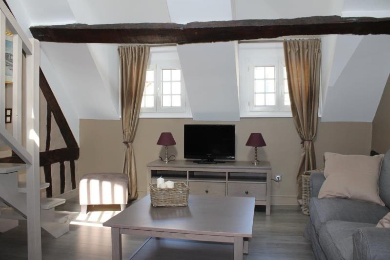 Sale apartment Honfleur 132000€ - Picture 1