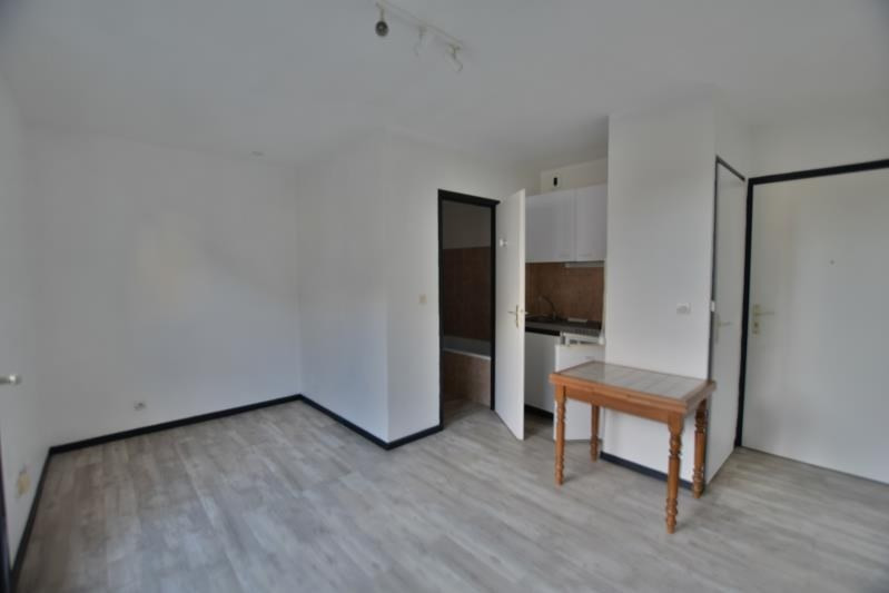 Sale apartment Pau 44 000€ - Picture 2