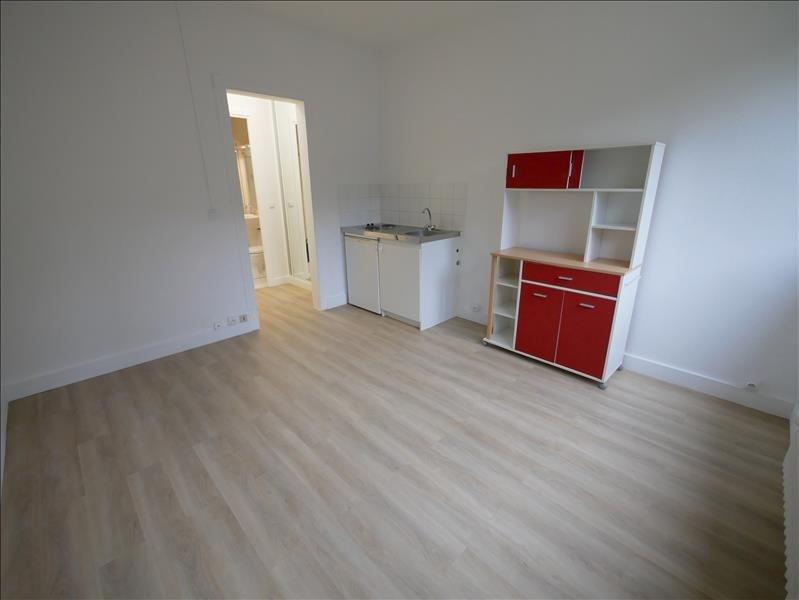 Rental apartment Garches 550€ CC - Picture 2