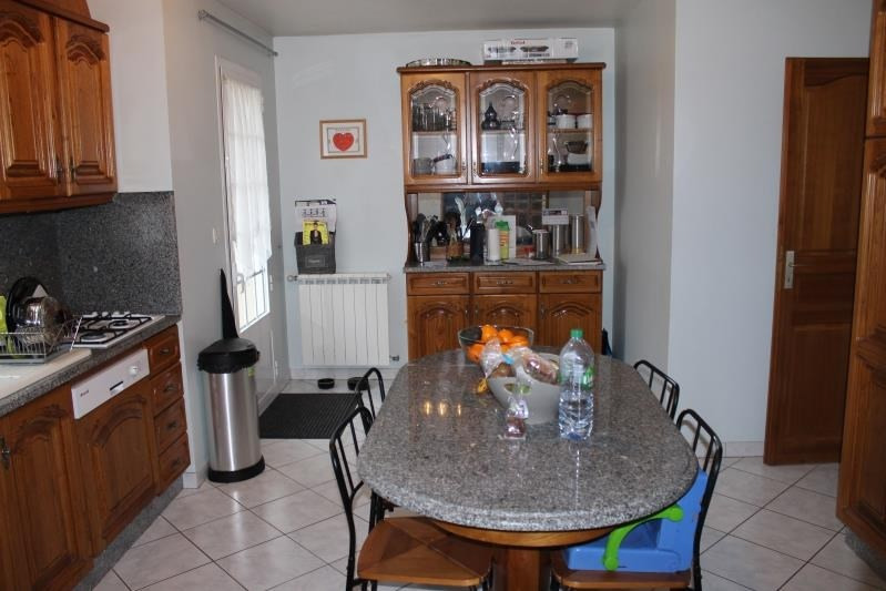 Rental apartment Osny 1 360€ CC - Picture 3