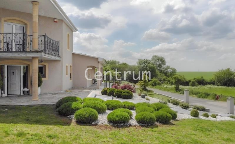 Vente de prestige maison / villa Batilly 598 000€ - Photo 2
