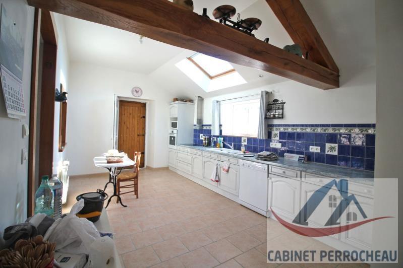 Sale house / villa La chartre sur le loir 202000€ - Picture 4