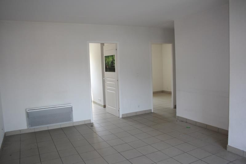 Sale apartment Bias 107 000€ - Picture 3