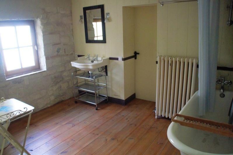 Location maison / villa Villeneuve les avignon 743€ CC - Photo 8
