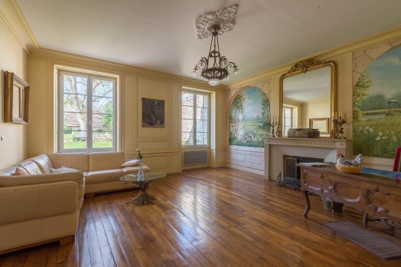 Sale house / villa La ville du bois 549000€ - Picture 2